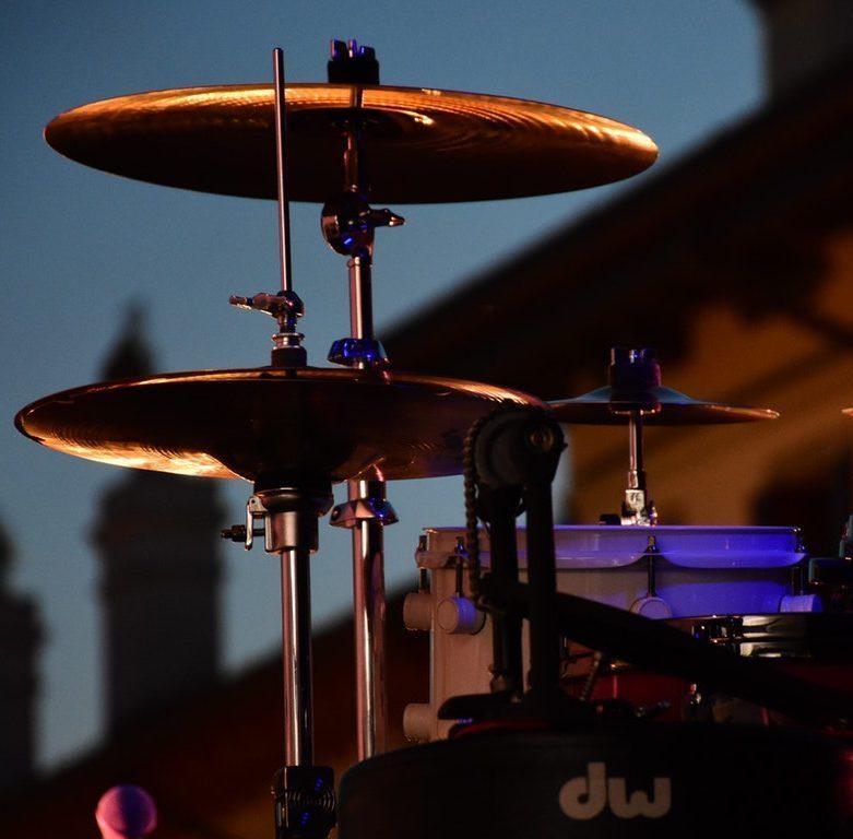https://almasimuzik.co.ke/wp-content/uploads/2020/02/drum-drums-musical-instrument-percussion-instrument-237464-e1582281933569.jpg
